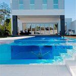 Anpassad transparent akryl tjock plexiglasplåt för poolprojekt