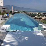 Genomskinligt plasttak för pool